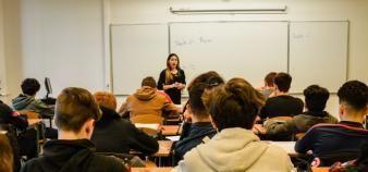 Les missions des étudiants prérecrutés évolueraient chaque année entre la L2 et le M1. //©erwin canard