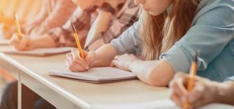 La formation d'un élève en classe en prépa coûte plus cher que celle d'un étudiant à l'université. //©Gorodenkoff / Adobe Stock