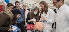 Les 50 étudiants recrutés par la prépa MOZ ne pourront pas s'envoler pour la Croatie pour poursuivre leurs études de médecine. //©Miso Lisanin/XINHUA-REA