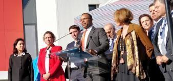 Le directeur de l'IMT Mines Albi-Carmaux, Narendra Jussien (au centre), lors de l'inauguration d'Innov'Action, en présence de la secrétaire d'État, Delphine Gény-Stephann, et de la maire d'Albi, Stéphanie Guiraud-Chaumeil, le 11 octobre 2018. //©Youness Rhounna
