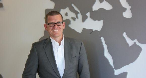 Johannes Heinlein, directeur des partenariats d'edX, recherche des universités qui souhaitent s'investir sur la plateforme.