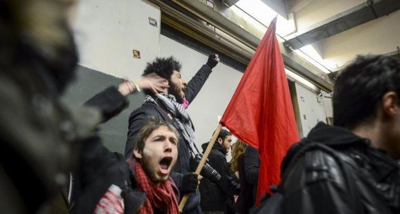 Assemblée générale le 9 mars 2016 des étudiants de l'université Paris 1 - Panthéon Sorbonne à Tolbiac - Mobilisation contre le projet de loi El Khomri