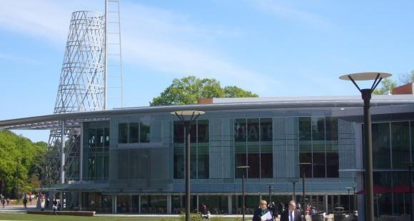 Skema Business School a ouvert son campus américain en 2011 au coeur de North Carolina State University (NCSU).