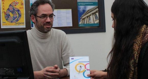 Jean-Marie Pincemin, coordinateur de la Mission ingénierie pour les projets internationaux (Mipi) de l'université de Poitiers. Ce guichet unique doit faciliter l'obtention de financements internationaux pour les chercheurs de l'établissement.