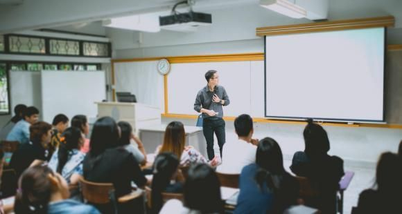 Ecoles d'ingénieurs : la CTI s'empare de l'évaluation des bachelors