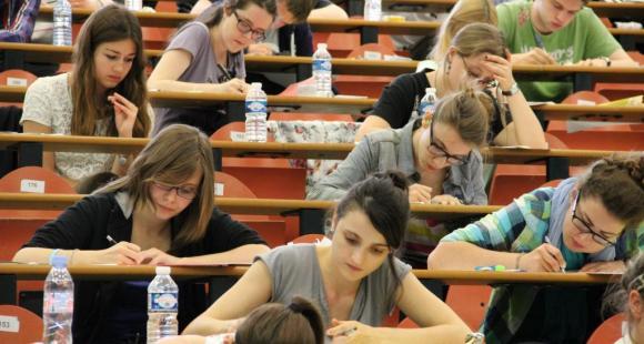 Sciences po - Concours commun des 6 IEP - Lille - juin 2012 - ©Camille Stromboni