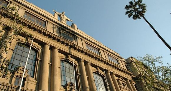 Université catholique du Chili © Pontificia Universidad Católica de Chile
