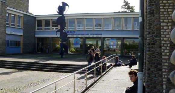La faculté de sciences et techniques de l'UBO © E.Vaillant - octobre 2013