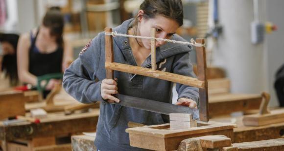 L'École Boulle forme à une quinzaine de métiers d'art.