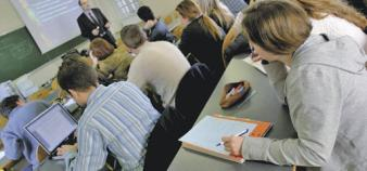 Pour sauver le bac, le think tank proche du PS propose une réforme de l'examen et un bouleversement de l'organisation des deux dernières années de lycée.