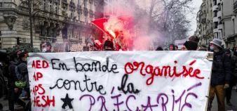 Des collectifs d'assistants d'éducation ont participé à la grève nationale du 26 janvier et manifesté pour dénoncer la précarité de leurs contrats. //©Come SITTLER/REA
