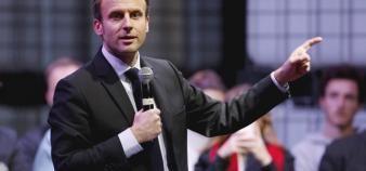Emmanuel Macron énonce son programme pour l'enseignement supérieur dans le livre qu'il fait paraître le 24 novembre 2016. //©Fred Marvaud/REA