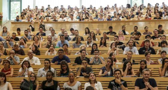 Enseignement supérieur : 130 millions d'euros pour la revalorisation des carrières