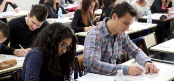 Le questionnement sur les apprentissages se doit donc d'inclure à la fois l'activité de l'étudiant, mais aussi la qualité de cette activité.