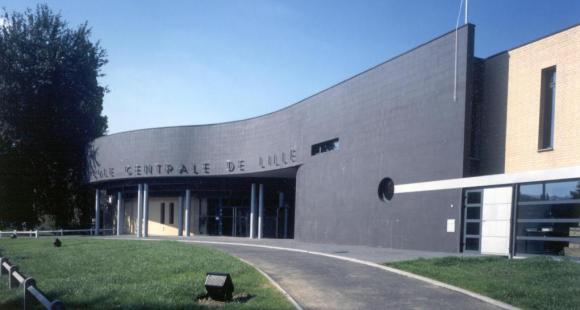 L'Ecole centrale de Lille réfléchit à un rapprochement avec l'Ensait et Chimie Lille.