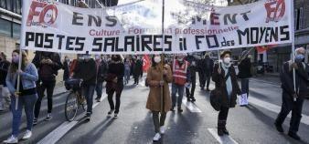 Le budget du ministère de l'Education nationale jugé insuffisant par les syndicats devrait faire descendre les enseignants dans la rue. //©Sebastien ORTOLA/REA