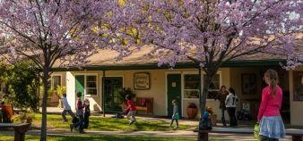 Entrée de l'école Walorf de Los Altos © Pierre Laurent & WSP