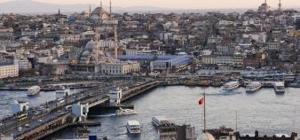 En 2019, GEM s'implante à Istanbul, en Turquie, pour dispenser deux diplômes de formation continue. //©plainpicture/robertharding/Ben Pipe