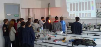 HEI Lille - Des lycéens découvrent les études d'ingénieurs lors de l'opération Essai ©S.Blitman - février 2013