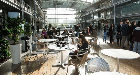 L'école des ponts ParisTech a vu passer ses droits de scolarité de 1.300 € à 2.660 € en quatre ans.