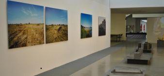Située dans la bibliothèque de l'université d'Angers, la Galerie 5 est dédiée à l'art contemporain