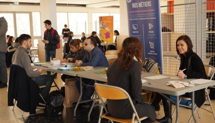 16 entreprises du grand Sud-Ouest sont présentes sur le forum emploi handicap organisé par l'Université Toulouse 3. //©UPS