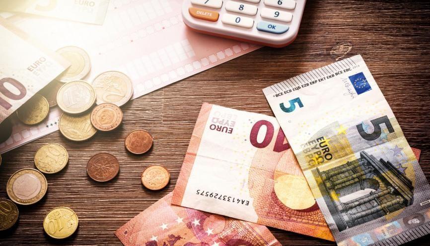 Le montant des frais à acquitter avant votre inscription peut être nul, ou s'élever à plusieurs milliers d'euros pour les écoles privées. //©Adobe Stock/Grecaud Paul