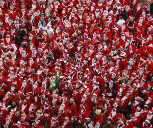 Les offres de job de Père Noël se multiplient à l'approche des fêtes. Les rémunérations de 15 à 20 € de l'heure ne sont pas rares.
