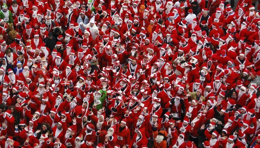 Les offres de job de Père Noël se multiplient à l'approche des fêtes. Les rémunérations de 15 à 20 € de l'heure ne sont pas rares. //©Plainpicture Bildagentur Hamburg