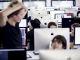 À l'école 42, 900 iMac, répartis en trois salles de travail, accueillent les élèves 24 heures sur 24. //©Denis Allard / R.E.A