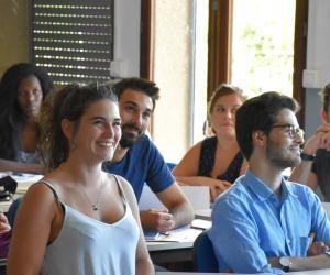 L'IAE d'Aix-Marseille est le seul de France accrédité EQUIS et AMBA, des labels attribués aux grandes écoles de commerce.