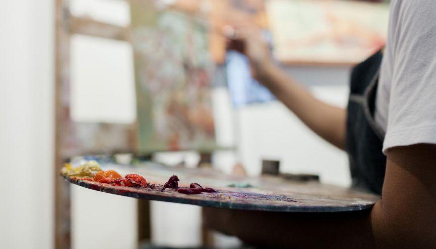 Avant d'exprimer votre potentiel en école d'art, il vous faudra d'abord passer le cap de la sélection, via parfois, Parcoursup. //©plainpicture/Cavan Images/Cavan Social