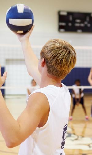 Les sports en intérieur ne sont pas interdits mais vous ne devrez pas trop échanger le matériel, qui sera désinfecté fréquemment.