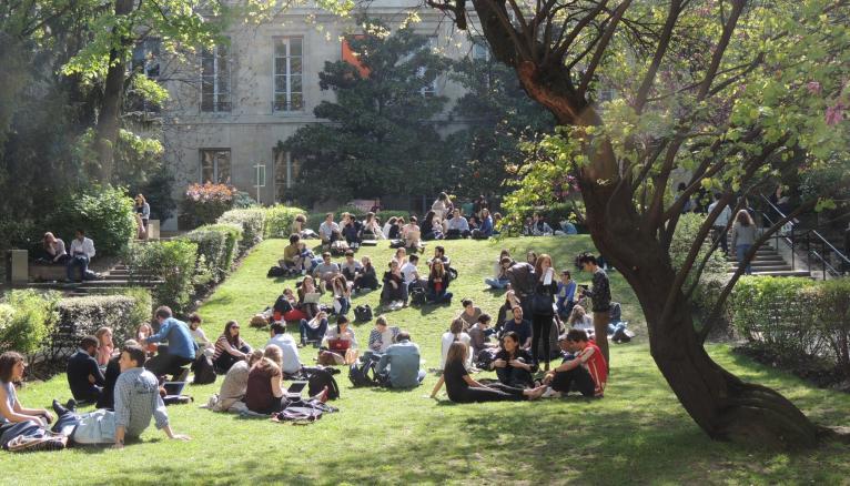 Sciences po poursuit la réforme de son diplôme de premier cycle.
