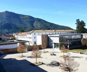 À la cité scolaire de Die, les élèves du collège côtoient ceux du BTS.