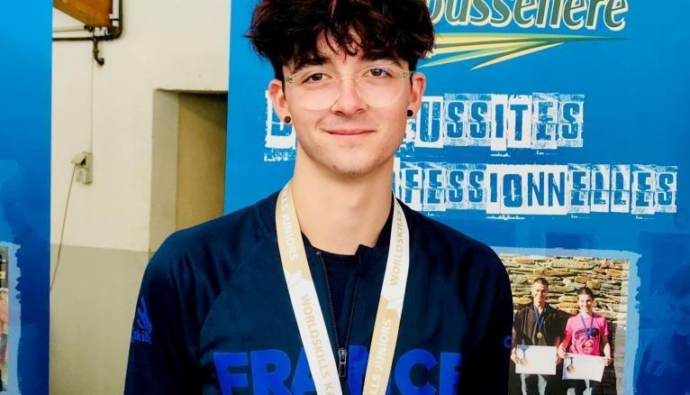 Johan, 17 ans, médaillé d'argent des Olympiades des métiers en 2019.