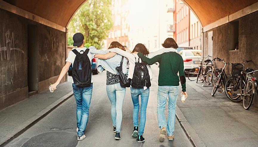 La terminale : bientôt le bout du tunnel pour les lycéens et lycéennes ! //©plainpicture/Maskot
