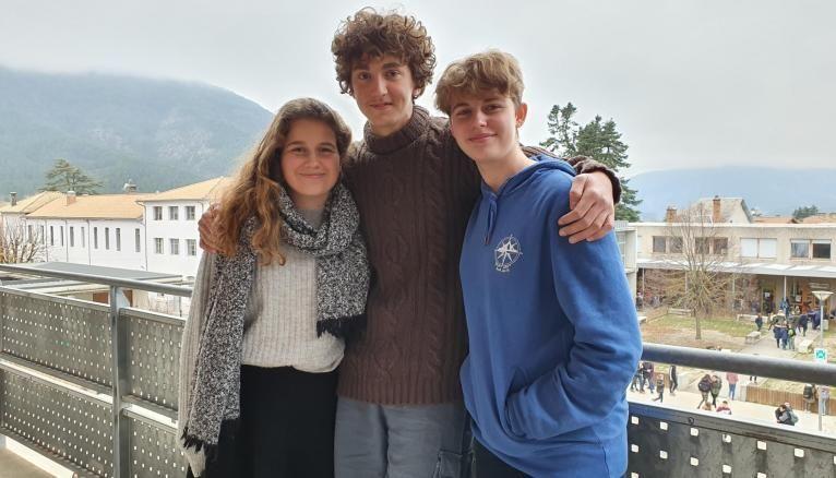 Louna, Angelo et Agathe, élèves au lycée de Die.