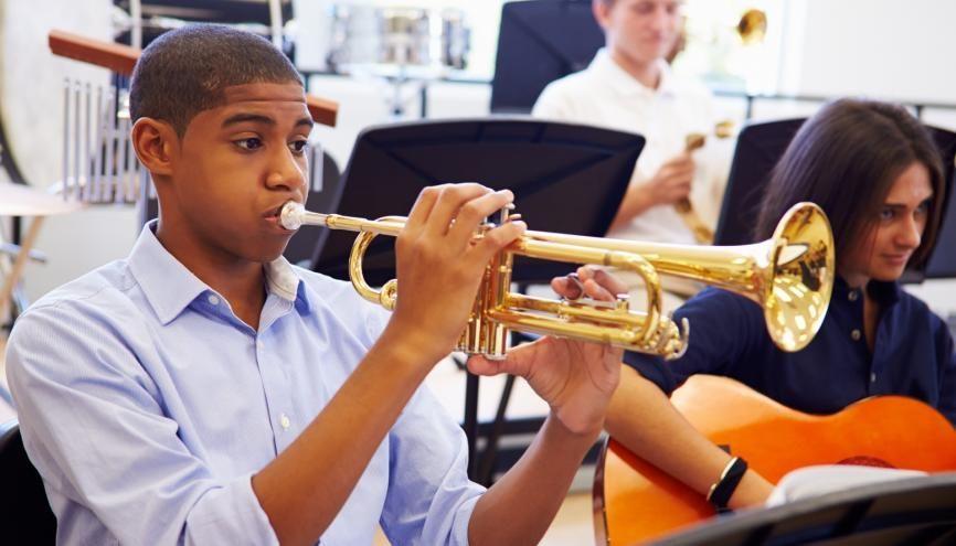 Plusieurs formations existent pour s'orienter vers les métiers de la musique. //©monkeybusinessimages - iStock