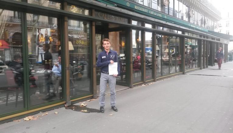 Rémy a continué à sillonner la capitale avec ses candidatures.