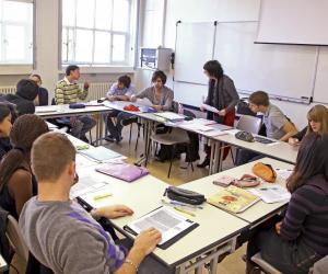 Télécom ParisTech accueille 36,3 % d'étudiants étrangers dans son cycle ingénieur.