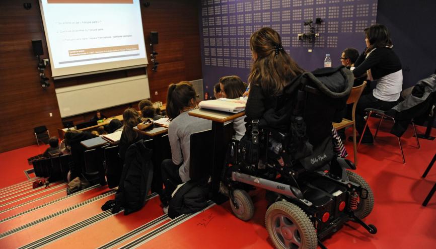 Les élèves en situation de handicap pourront demander le réexamen de leur dossier dans Parcoursup. //©Lydie Lecarpentier/REA
