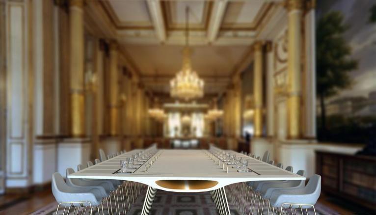 """La table du groupe """"Medulla"""", vainqueur ex aqueo pour l'ensemble mobilier."""