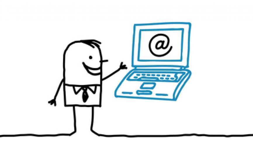Se contenter de mettre son CV en ligne : obsolète et partiellement inefficace selon Jean-Christophe Anna. //©Fotolia
