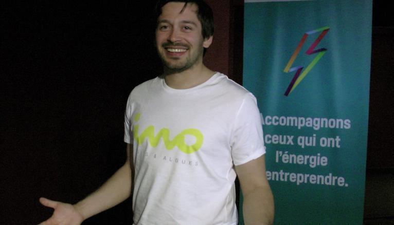 Kevin, diplômé de Grenoble EM, a mis au point Ino Algues, un jus de fruits à base d'algues.