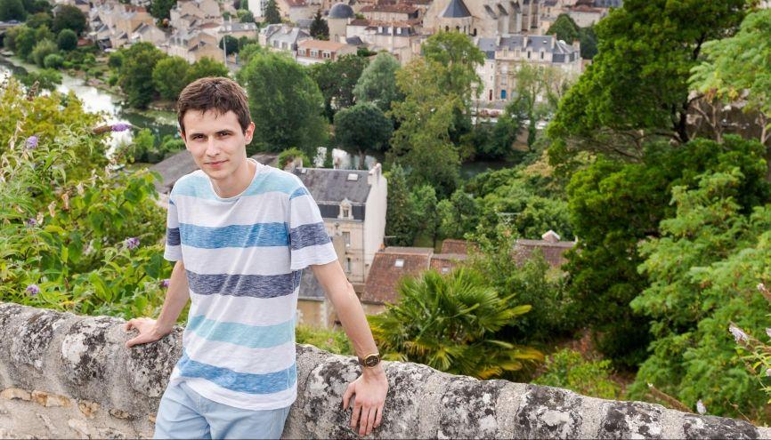 Aurélien, 20 ans, en troisième année CMI, à l'université de Poitiers. //©Alex Giraud pour l'Étudiant