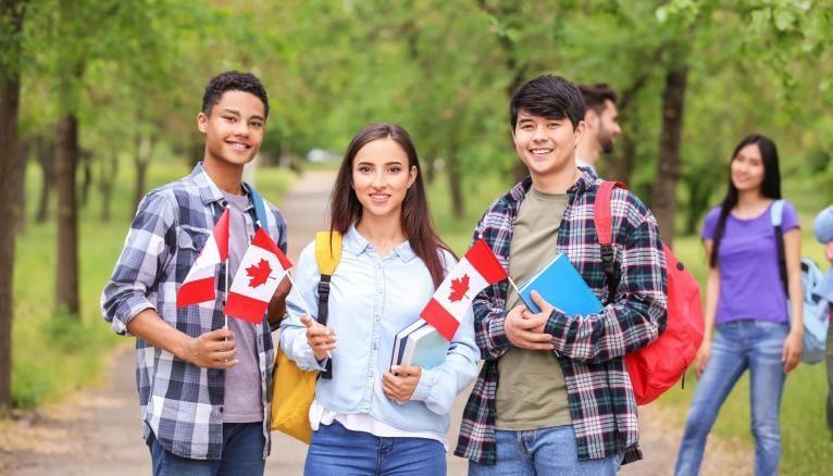 Le Canada est la deuxième destination préférée des étudiants français.