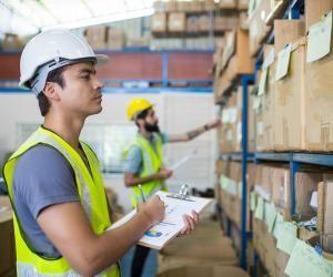 Grâce à sa position géographique, la région embauche de nombreuses personnes dans le secteur de la logistique.