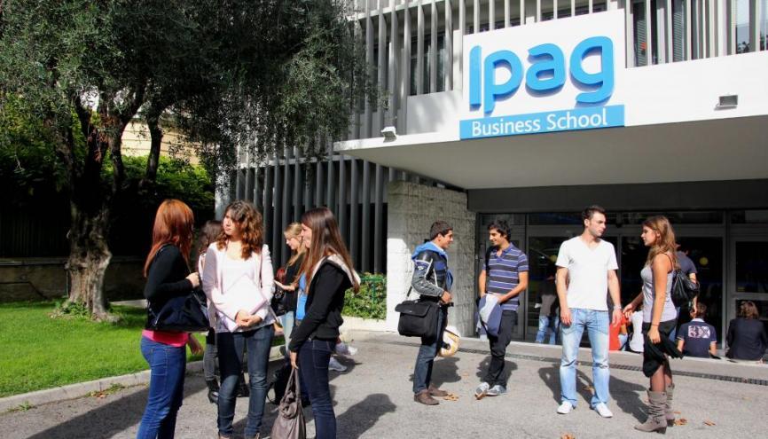 L'admission en troisième et en quatrième année de l'IPAG Business School se fait via le concours Ambitions +. //©IPAG