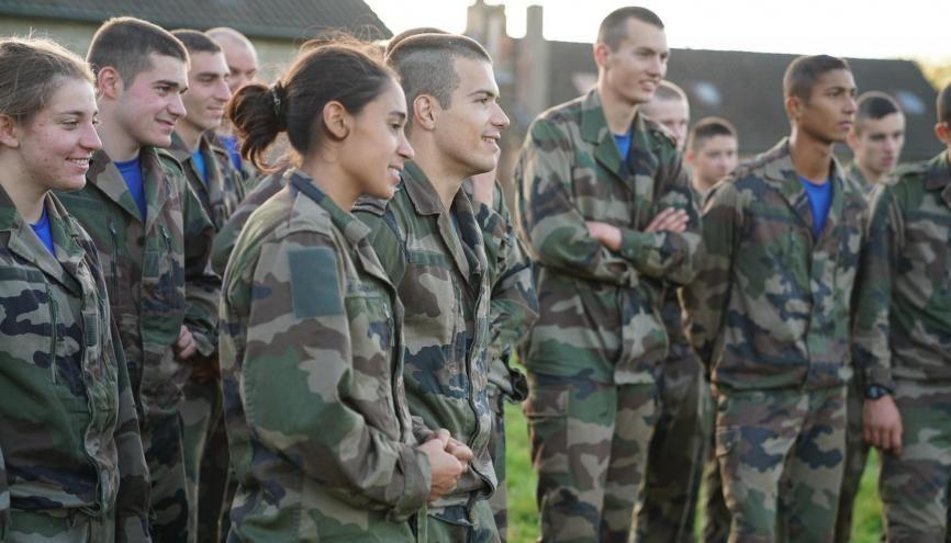Les avantages de l'armée de Terre //©Ministère des armées